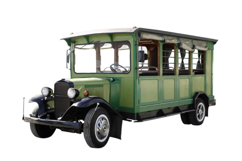 Autobus antiguo de colores verdes