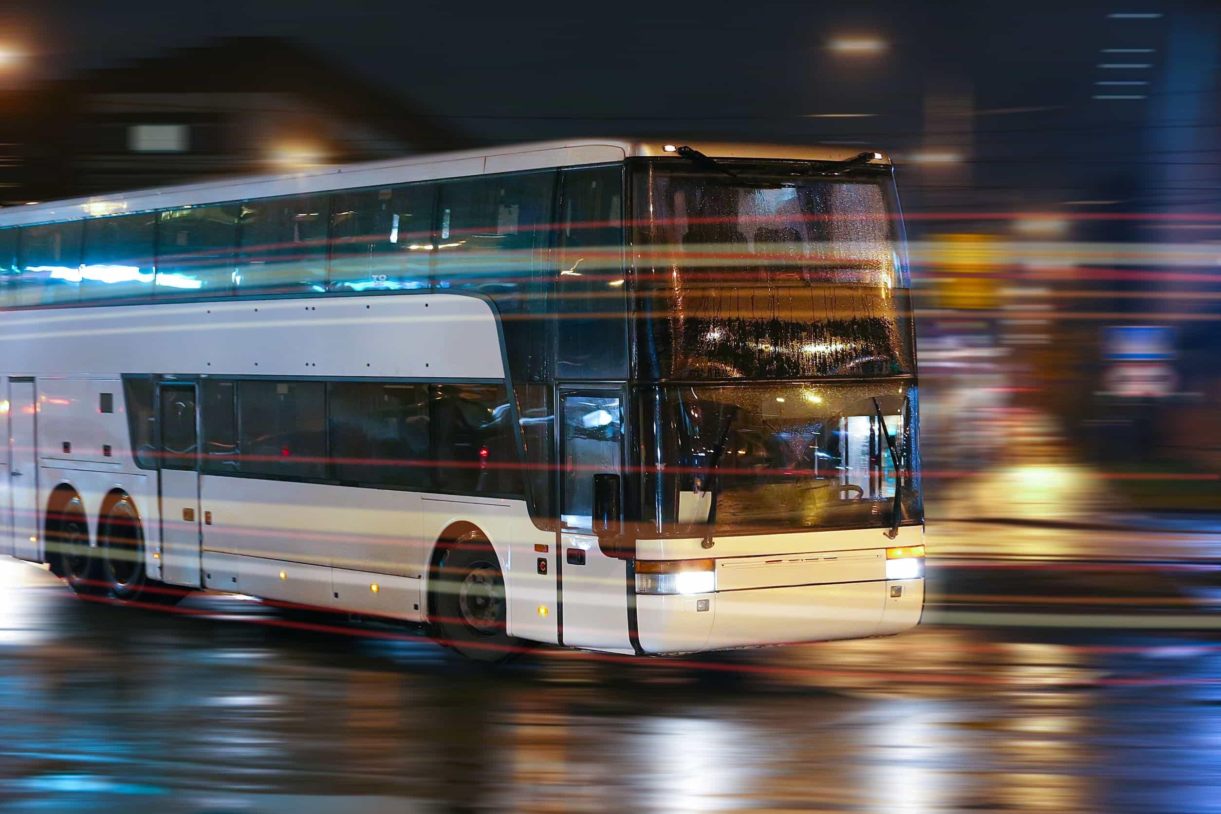 autocar nocturno