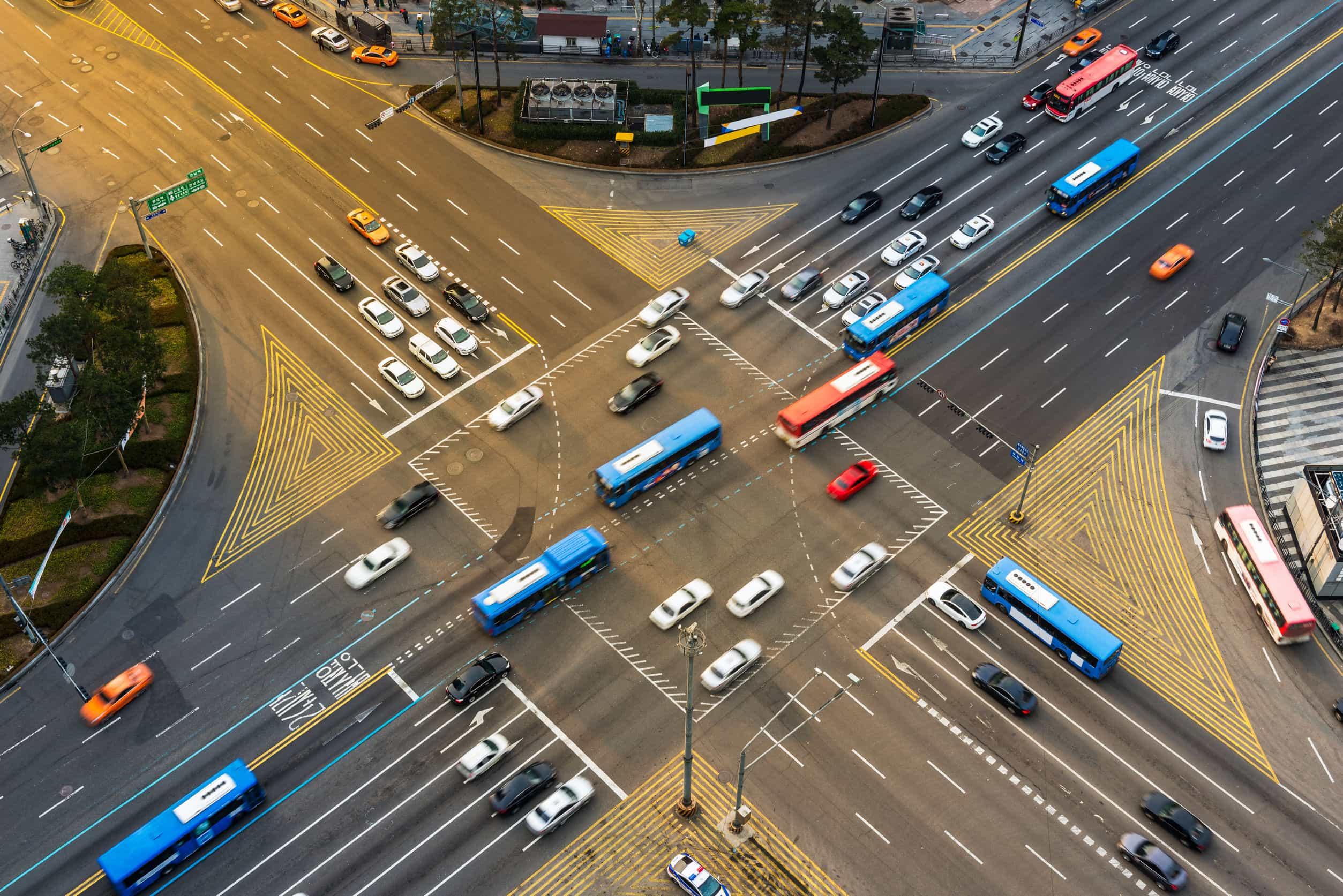 facilita el trayecto al autobús